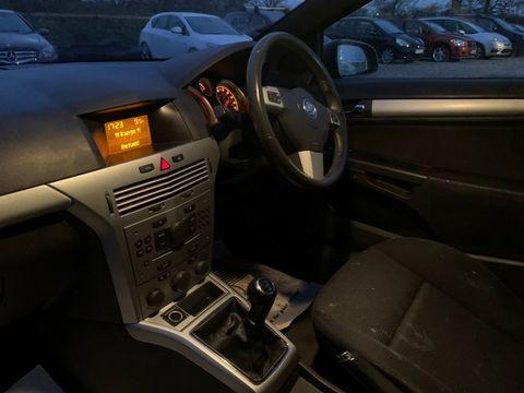 2007 Vauxhall Astra 1.8 i 16v SRi Sport Hatch 3dr - Picture 15