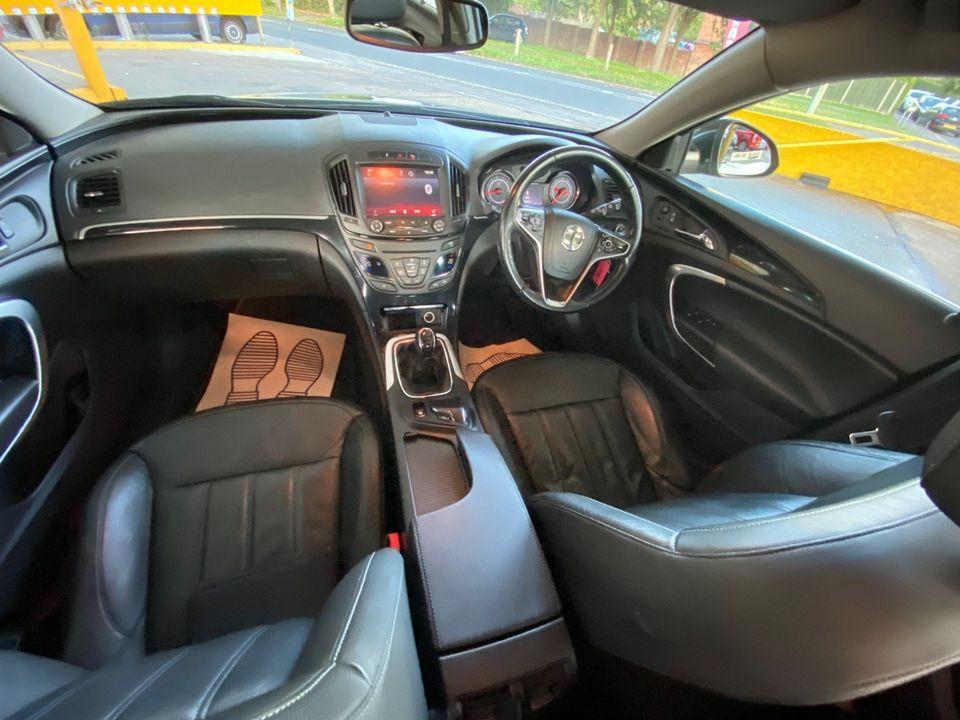2014 Vauxhall Insignia 2.0 CDTi ecoFLEX Elite Nav (s/s) 5dr - Picture 10 of 34