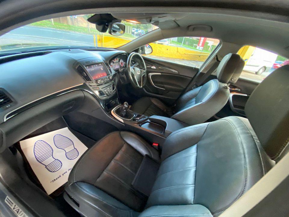 2014 Vauxhall Insignia 2.0 CDTi ecoFLEX Elite Nav (s/s) 5dr - Picture 15 of 34