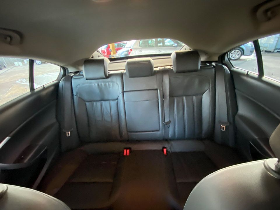 2014 Vauxhall Insignia 2.0 CDTi ecoFLEX Elite Nav (s/s) 5dr - Picture 16 of 34