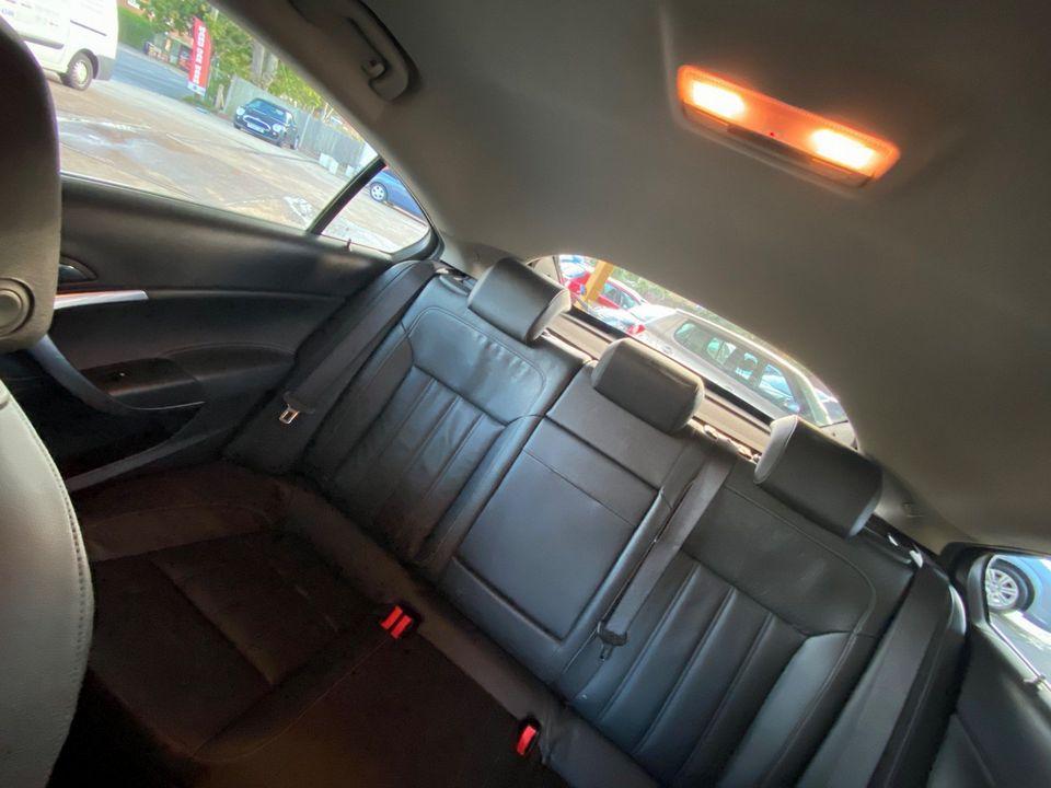 2014 Vauxhall Insignia 2.0 CDTi ecoFLEX Elite Nav (s/s) 5dr - Picture 18 of 34
