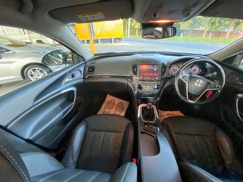 2014 Vauxhall Insignia 2.0 CDTi ecoFLEX Elite Nav (s/s) 5dr - Picture 22 of 34