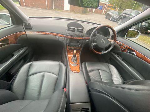 2002 Mercedes-Benz E Class 2.1 E220 CDI Elegance 4dr - Picture 18 of 26