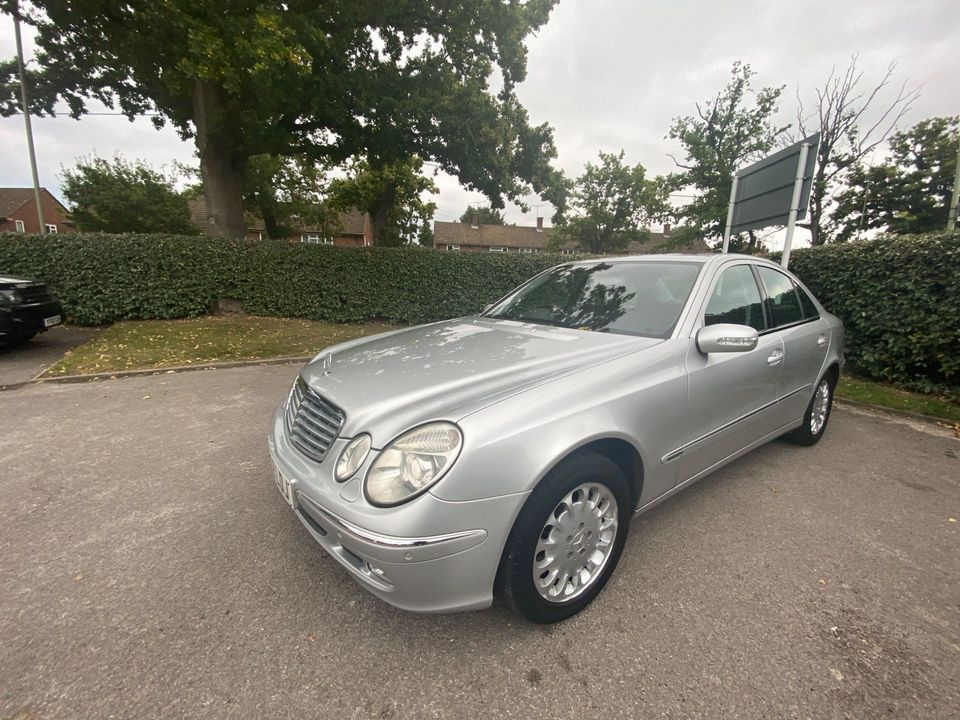 2002 Mercedes-Benz E Class 2.1 E220 CDI Elegance 4dr - Picture 8 of 26
